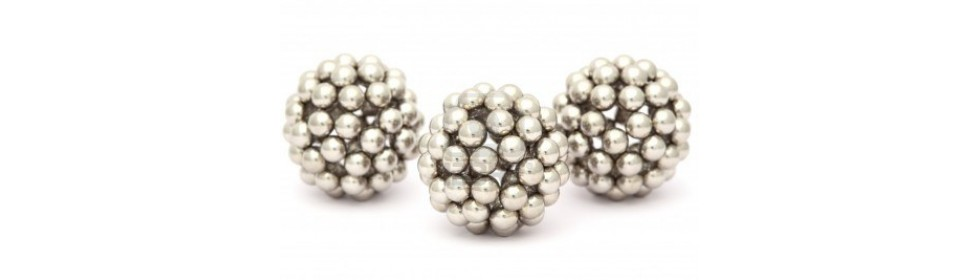 http://www.5magnets.com/magnetic_balls
